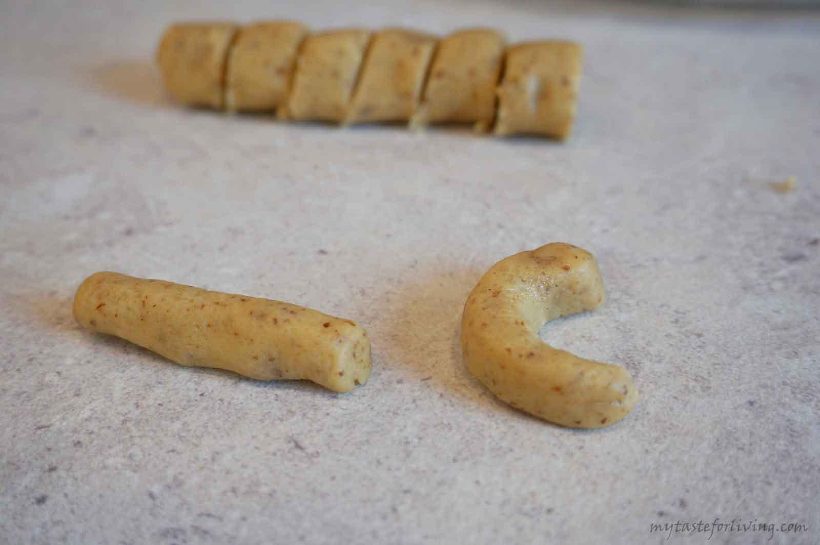 Vanilla walnut crescents are delicious and easy to make cookies. They are prepared with a few ingredients, and the result is delicious and fragrant sweets melting in the mouth. If you choose, you can make them in a different shape or size, and you can replace the walnuts with another type of nuts such as almonds.