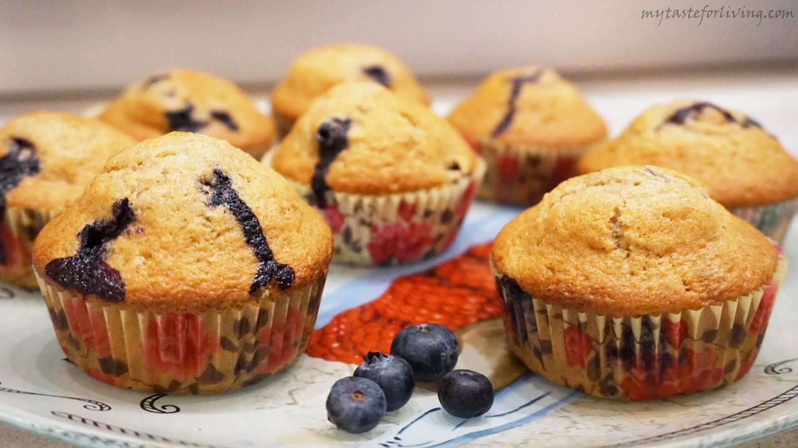 Appetizing and aromatic muffins with fresh blueberries.