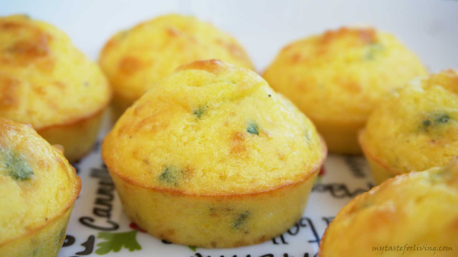 Egg muffins with cheese suitable for breakfast, picnic, appetizer or served with fresh salad.